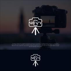 Logo # 1235556 voor Logo voor kwalitatief   luxe fotocamera statieven merk Nevy wedstrijd