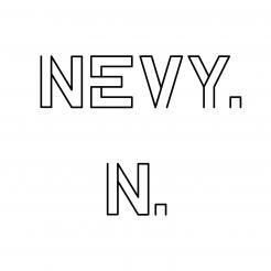 Logo # 1237203 voor Logo voor kwalitatief   luxe fotocamera statieven merk Nevy wedstrijd