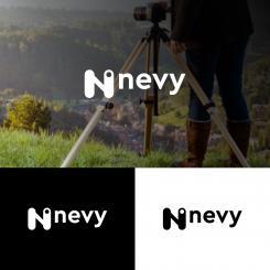 Logo # 1238952 voor Logo voor kwalitatief   luxe fotocamera statieven merk Nevy wedstrijd
